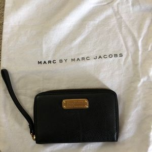 Marc by Marc Jacobs Phone Wallet
